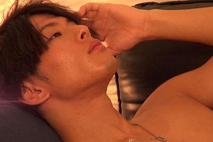 オトコノコのオナニー リョウ君25歳.jpg