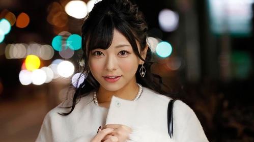 【逆転MM号】岬あずさ 綺麗系の美人女子大生が観衆に見られながら大胆エッチ