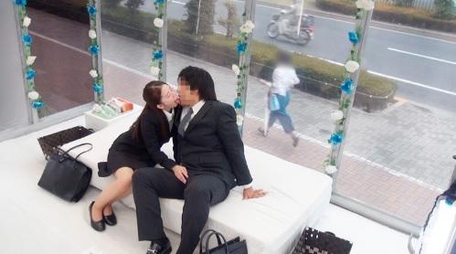 【MM号】職場の同僚同士の男女に2人っきりで10種類のディープキスをしてもらったら・・・