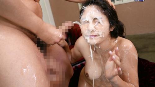 めぐり 世界一の超大量ザーメンをぶっかけられて顔中精液塗れになる女の子