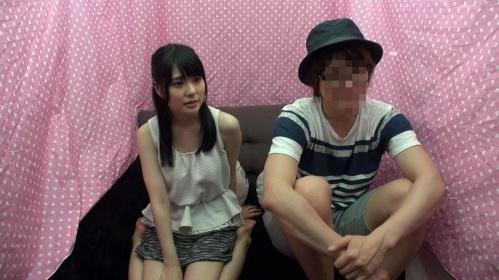 優しくて可愛い先輩女子大生が後輩の童貞男子と1発10万円の筆おろし中出しエッチ