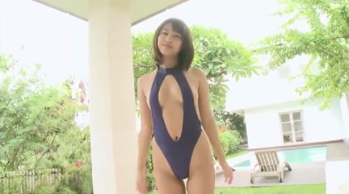 セクシーなハイレグ水着を着た女の子のエッチなイメージビデオ
