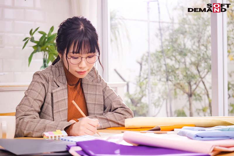 麗kireiSOD3月デビュー女優「美波こづえ」情報解禁!ちょっと性欲強めな現役アパレルデザイナー!!