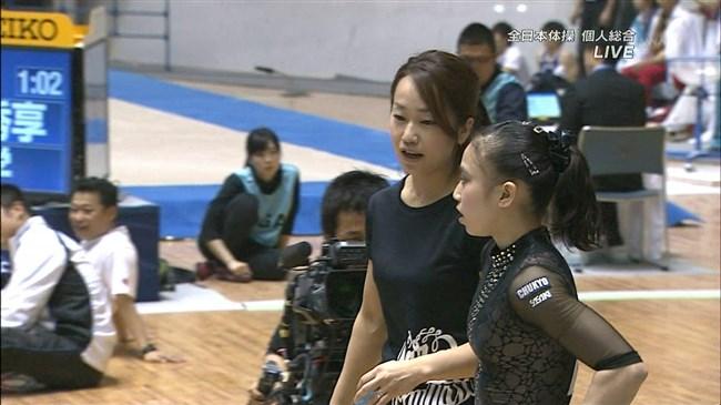湯元さくら~全日本体操でのレオタード姿で開脚した股間からハミ出しそうで興奮!0002shikogin