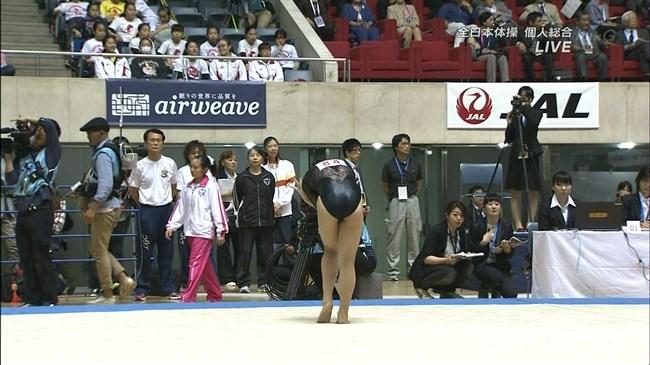 湯元さくら~全日本体操でのレオタード姿で開脚した股間からハミ出しそうで興奮!0005shikogin