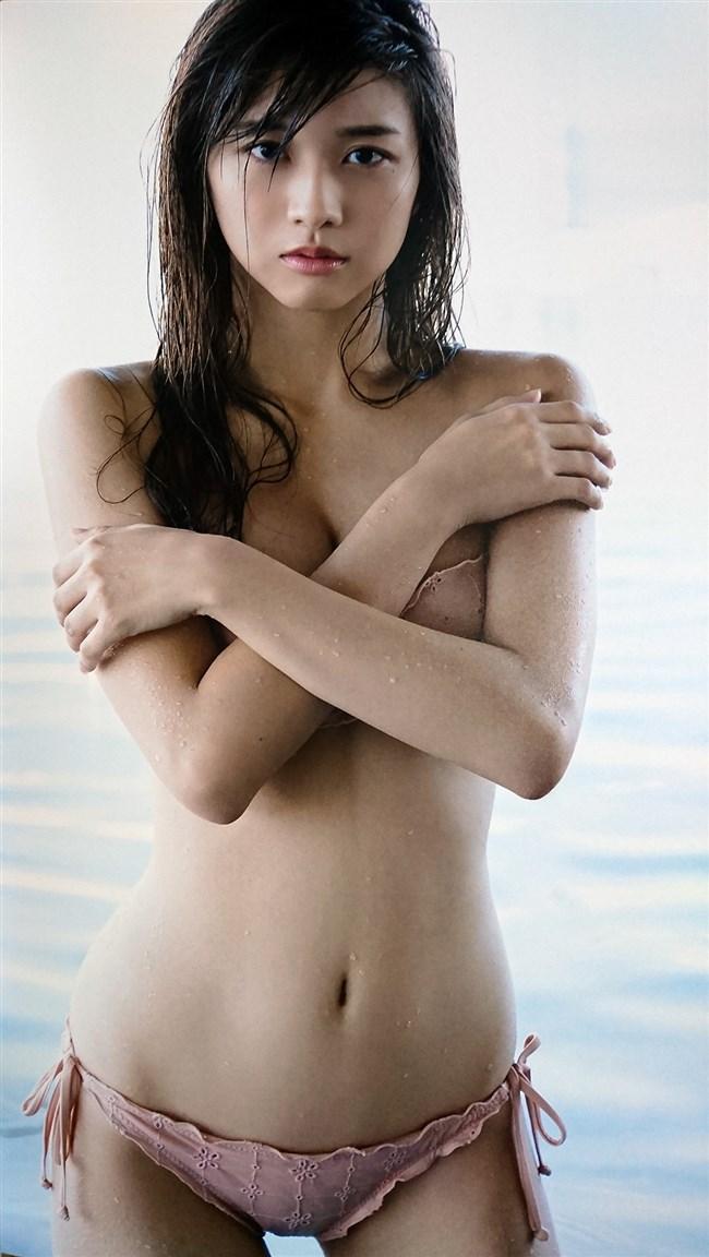 牧野真莉愛[モー娘。]~17歳から18歳になった超絶美少女の写真集水着カットを一挙に!0013shikogin