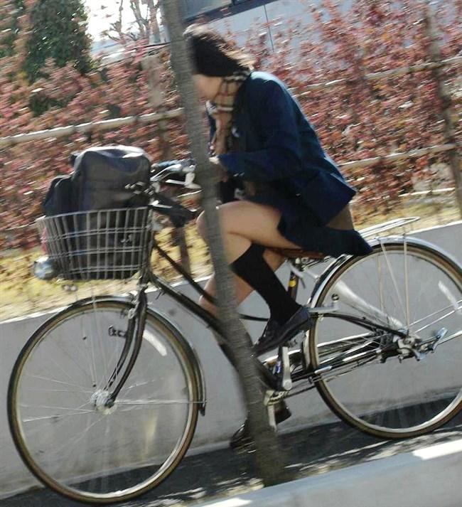 ミニスカ女子と自転車のコラボが予想通りパンチラしまくりwww0008shikogin
