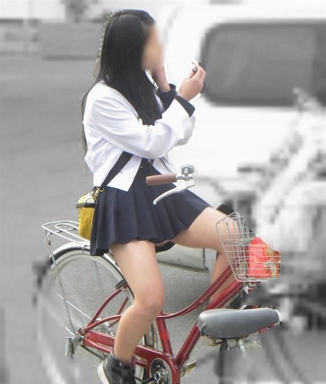 ミニスカ女子と自転車のコラボが予想通りパンチラしまくりwww0009shikogin