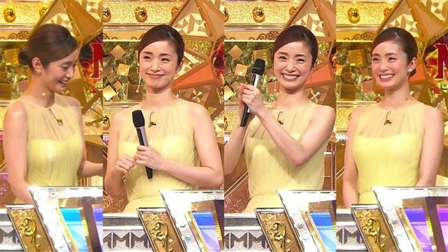 上戸彩~M-1グランプリ2019司会での透けレースの衣装はエロ過ぎて超興奮した!0006shikogin
