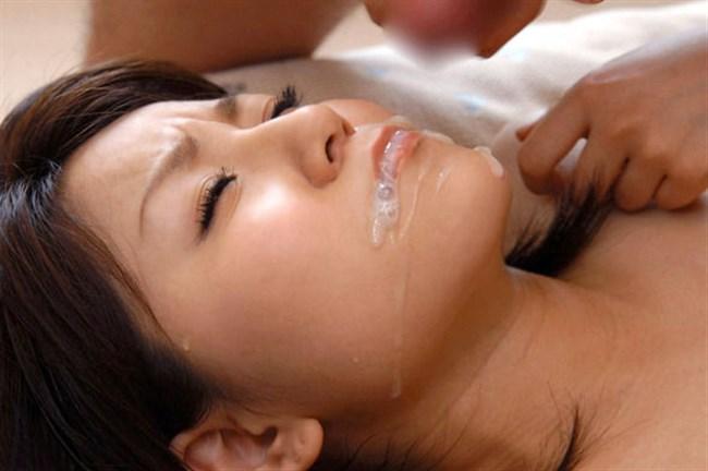 ザーメンを顔に浴びさせられながら余韻に浸る事後のお姉さん画像0004shikogin