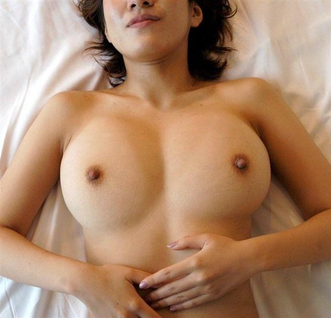 カラダは物欲しげ!ビンビンに勃起した女の乳首画像まとめwww0008shikogin