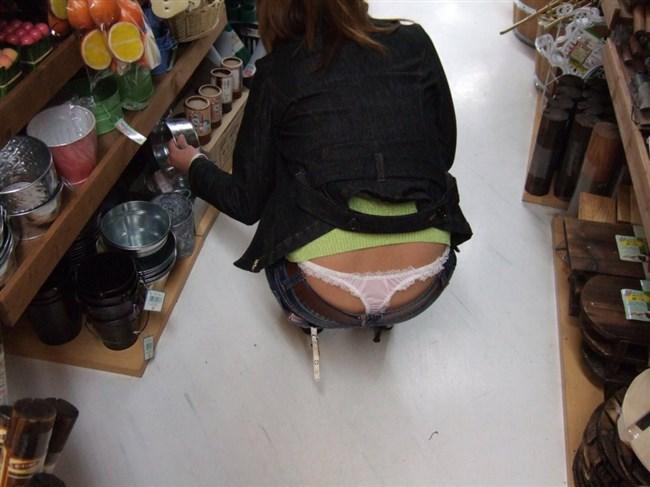 こういうパンツを平気で晒してる女は120ヤリマンですよねwwwww0005shikogin