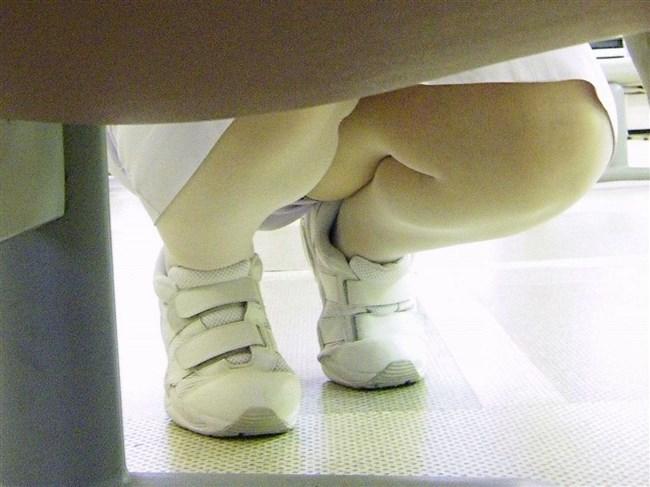 病院で働く白衣の天使のスカート内をご覧下さいwwwww0001shikogin