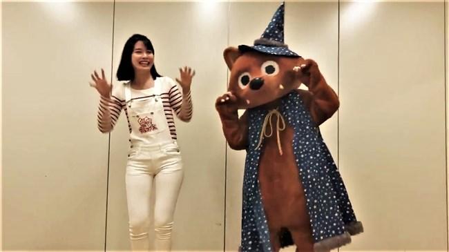望木聡子~ウルフィダンスで白のピタパン姿がモリマンでスジっててエロ過ぎ!0007shikogin