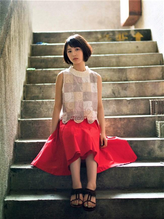 浜辺美波~今一番注目されている新鋭女優!大胆な露出度の多い姿はエロさ抜群!0010shikogin