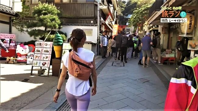 安田美沙子~NHKの薄いピタパン姿で透けたパンティー丸見えで走る番組に出演!0006shikogin