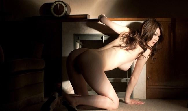 素っ裸にヒールやブーツ履いてるマニア好みのエロ画像がこちらwww0006shikogin