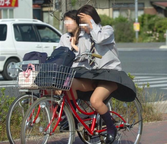 決して生足にムラムラしてはいけないJKが自転車乗る姿www0008shikogin