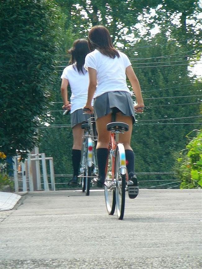 決して生足にムラムラしてはいけないJKが自転車乗る姿www0014shikogin