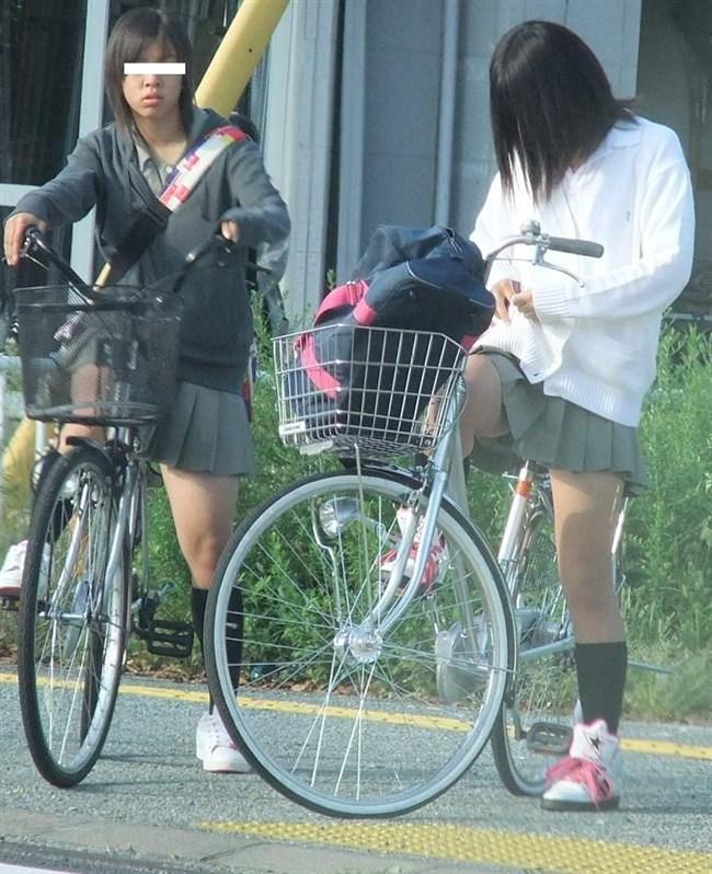 決して生足にムラムラしてはいけないJKが自転車乗る姿www0015shikogin