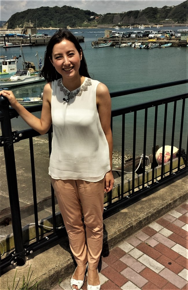 加藤シルビア~TBSの美熟女アナがノースリーブニット服で胸元を全開放!0005shikogin