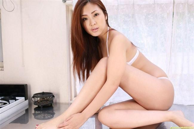 美し過ぎる脚だけでムラムラできる綺麗なお姉さんの美脚画像0022shikogin