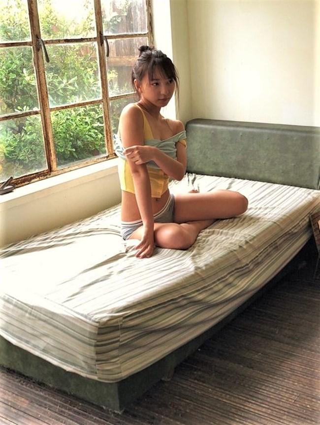 塩川莉世[転校少女]~週プレに掲載された最新水着グラビアがスレンダーの極致で最高!0009shikogin