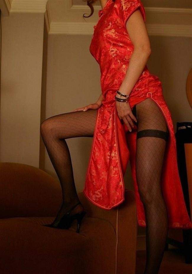 スリットから覗く美脚にぶっかけたくなるチャイナドレス姿のお姉さんwww0007shikogin