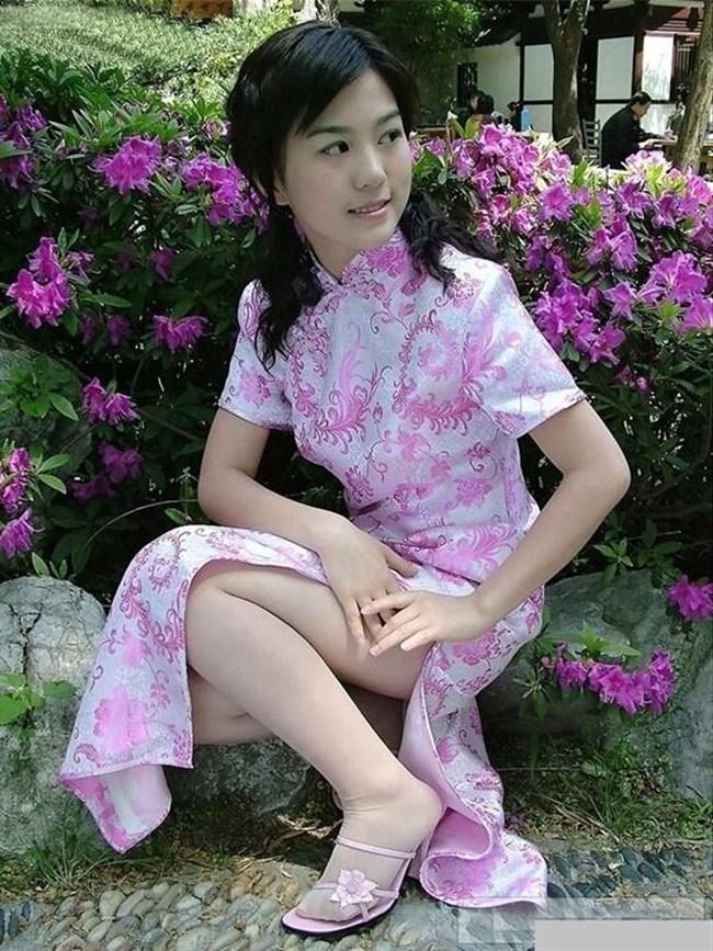 スリットから覗く美脚にぶっかけたくなるチャイナドレス姿のお姉さんwww0011shikogin