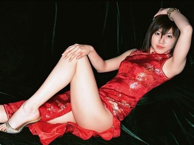 スリットから覗く美脚にぶっかけたくなるチャイナドレス姿のお姉さんwww0023shikogin
