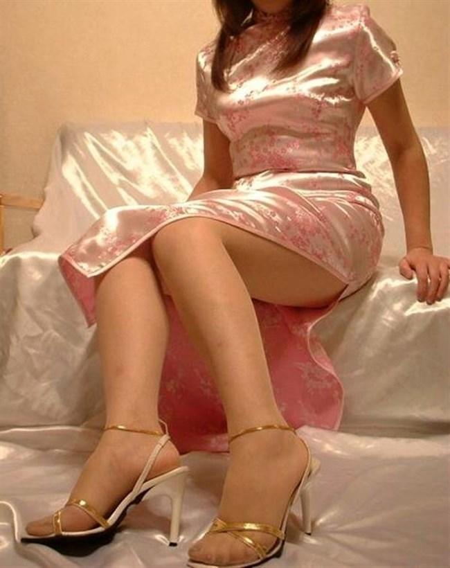 スリットから覗く美脚にぶっかけたくなるチャイナドレス姿のお姉さんwww0036shikogin