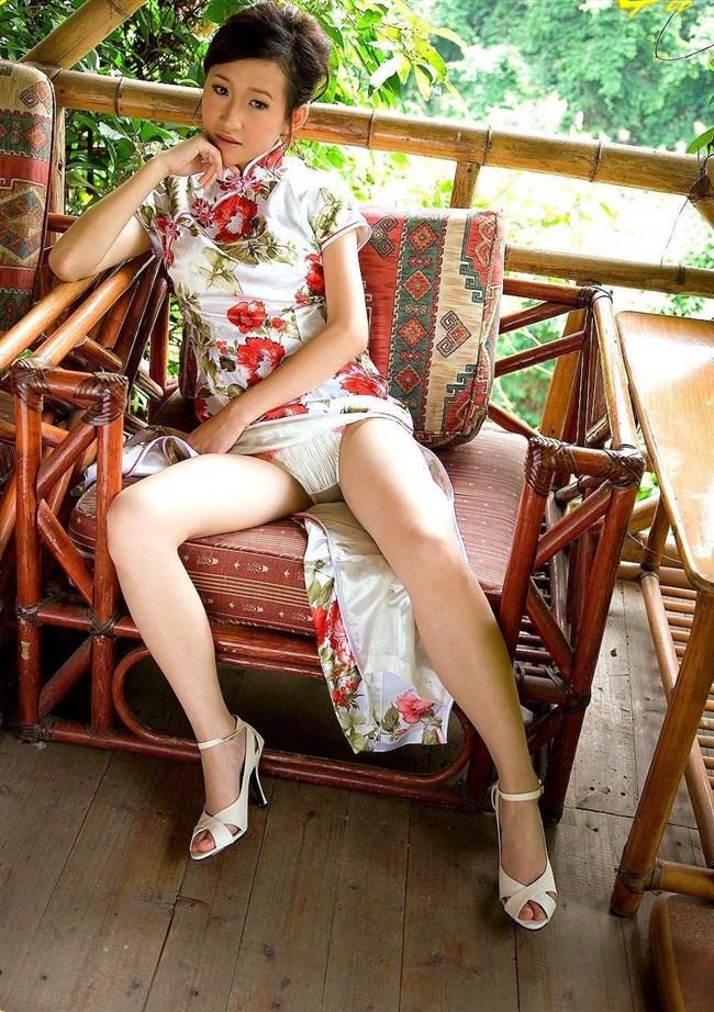 スリットから覗く美脚にぶっかけたくなるチャイナドレス姿のお姉さんwww0046shikogin