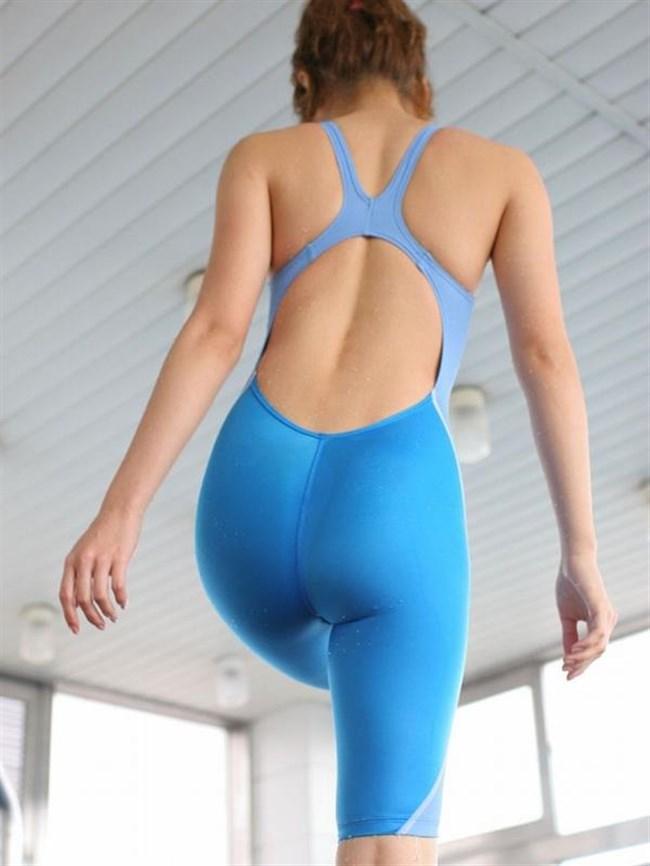背中が大きく空いてる競泳水着がエロ過ぎてwwwww0008shikogin