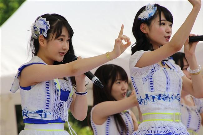 田口愛佳[AKB48]~15歳にして凄い巨乳!水着グラビアは多くの男性が驚くでしょう!0010shikogin