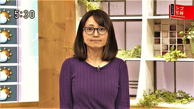 福岡良子~NHKシブ5時で久々にニット服姿でエロい胸元のラインを見せ魅了!0005shikogin