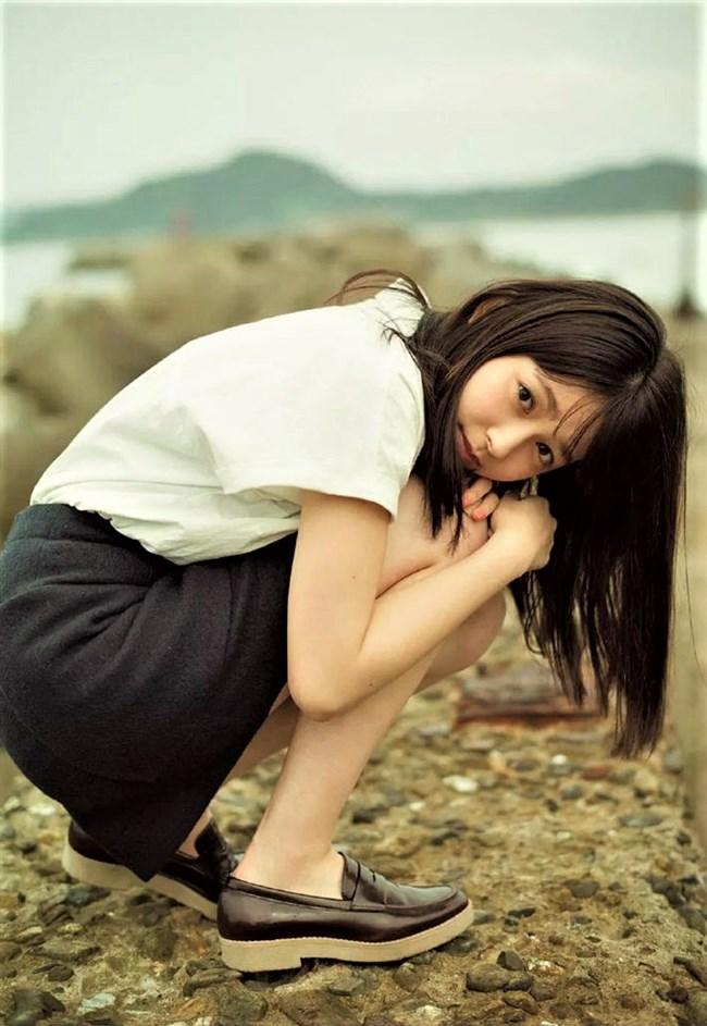 久間田琳加~人気沸騰中モデルのグラビアは意外とオッパイの膨らみがあってエロい!0007shikogin