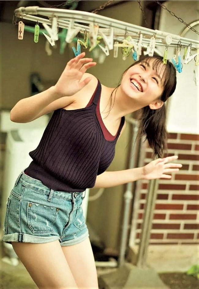 久間田琳加~人気沸騰中モデルのグラビアは意外とオッパイの膨らみがあってエロい!0010shikogin