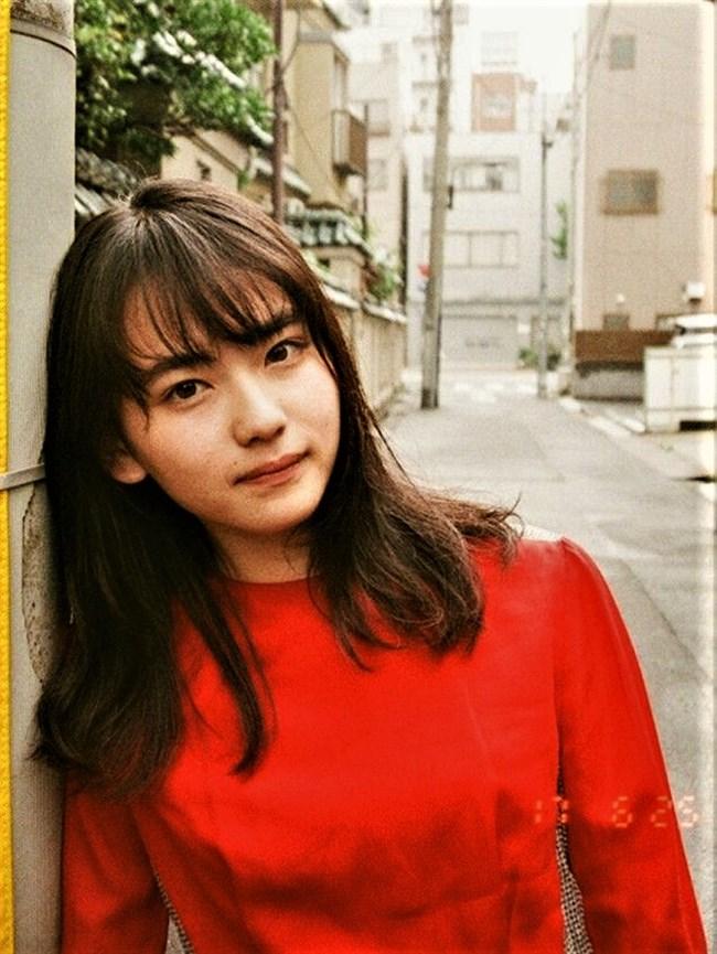 山田杏奈~若手新鋭女優がファースト写真集で水着姿を披露!その先行カットを!0011shikogin