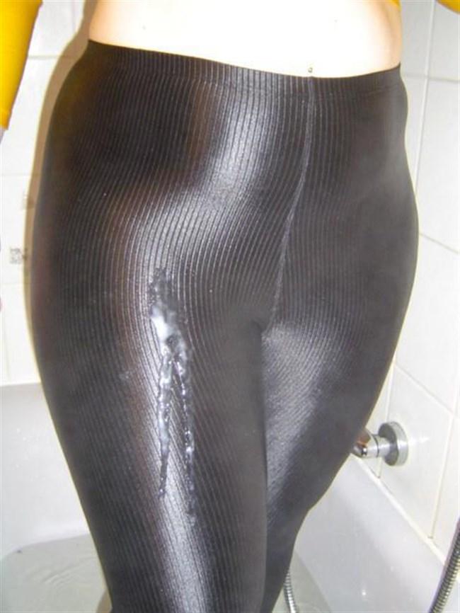 無造作にパンツにぶっかけられた精子が卑猥wwwwww0023shikogin