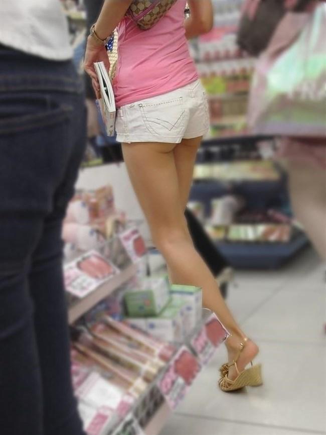 ショーパンで半分尻肉晒しながら歩くケシカラン娘どもwwwww0015shikogin