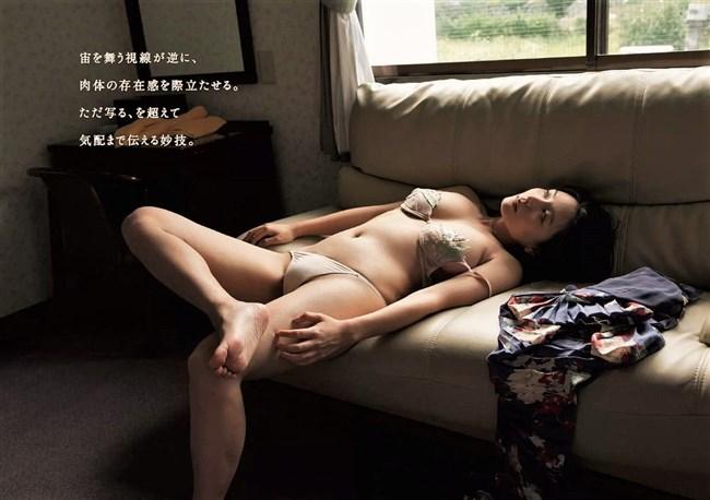 川村ゆきえ~週プレの水着グラビアでは初めて乳首が透けて見え超興奮!0012shikogin
