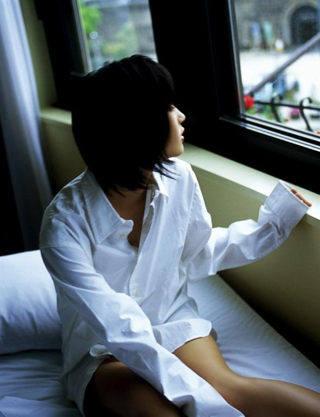 はだけた白いYシャツが性欲を掻き立てるエロ画像まとめwww0011shikogin