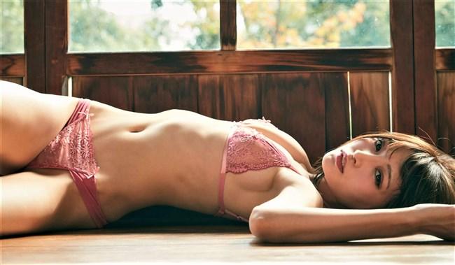 似鳥沙也加~超美形な沙也加チャンの水着グラビア掲載の週プレはお値段以上!0007shikogin