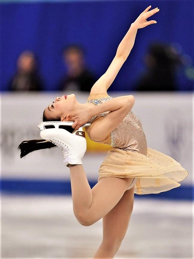 紀平梨花~グランプリファイナル2018で金メダル!成長してセクシーになった!0008shikogin