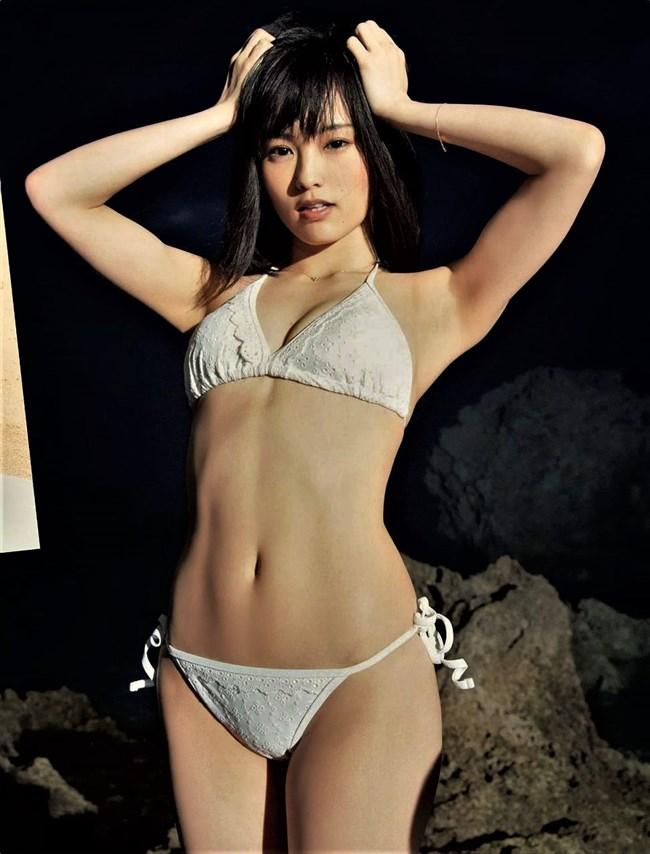 山本彩~ヤングマガジングラビアは卒業後で初!憂いのあるエロボディーは健在!0003shikogin