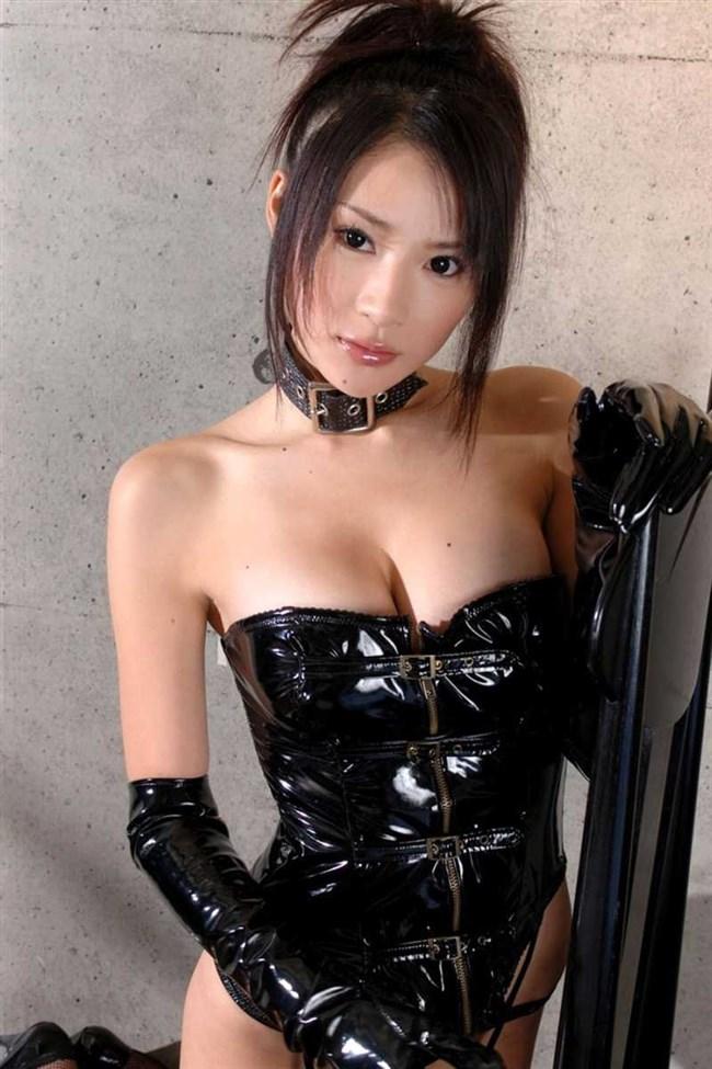 ボンデージ衣装娘がくっそ性的で苛められたくなるwwwww0002shikogin