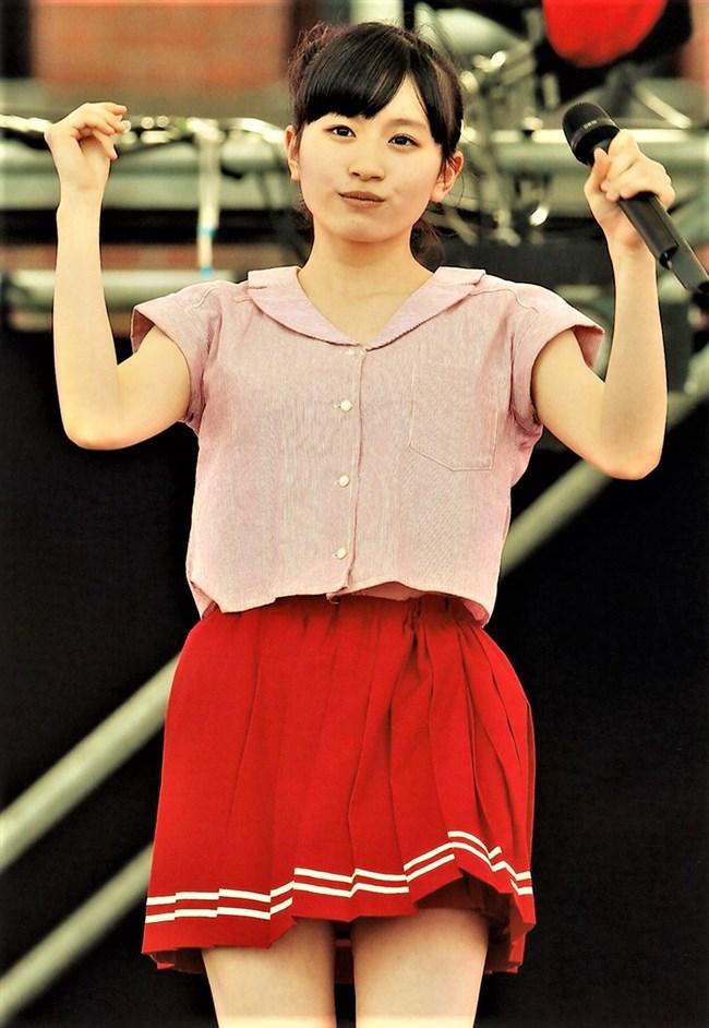 浅倉樹々[つばきファクトリー]~ステージでのパンチラしそうなミニスカ姿がエロ可愛くて最高!0003shikogin