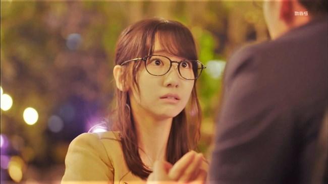 柏木由紀[AKB48]~ドラマで見せた胸の谷間と生パン姿でのヒップがエロ過ぎて驚き!0016shikogin