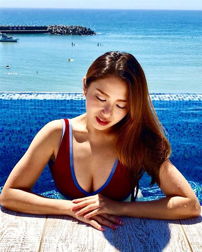 立木シュウ~週プレの水着グラビアで突然現れた謎のパーフェクト美女は必見!0009shikogin