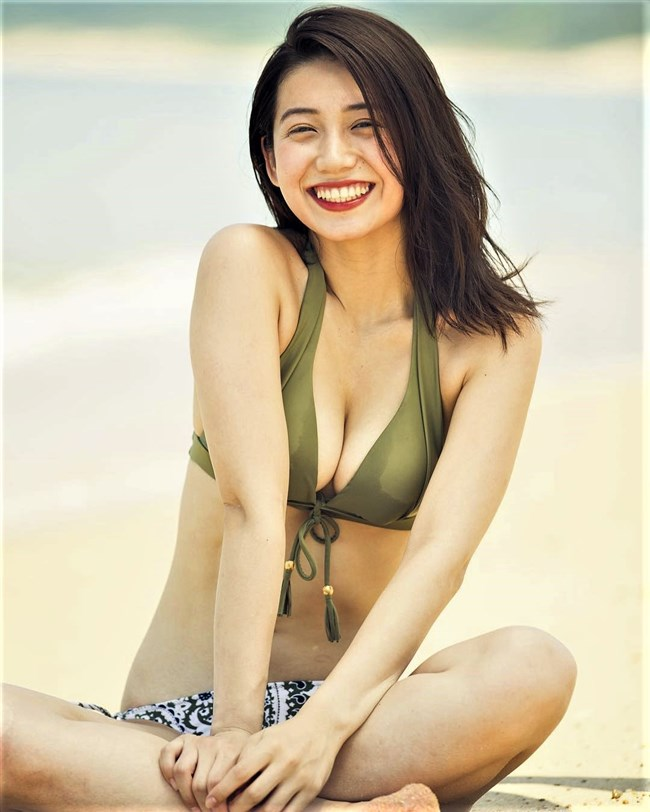 佐藤あいり~ヤングマガジンの水着グラビアは完璧な美しさでエロ女神のよう!0007shikogin